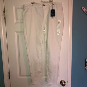 Brand New American Eagle White Jeggings